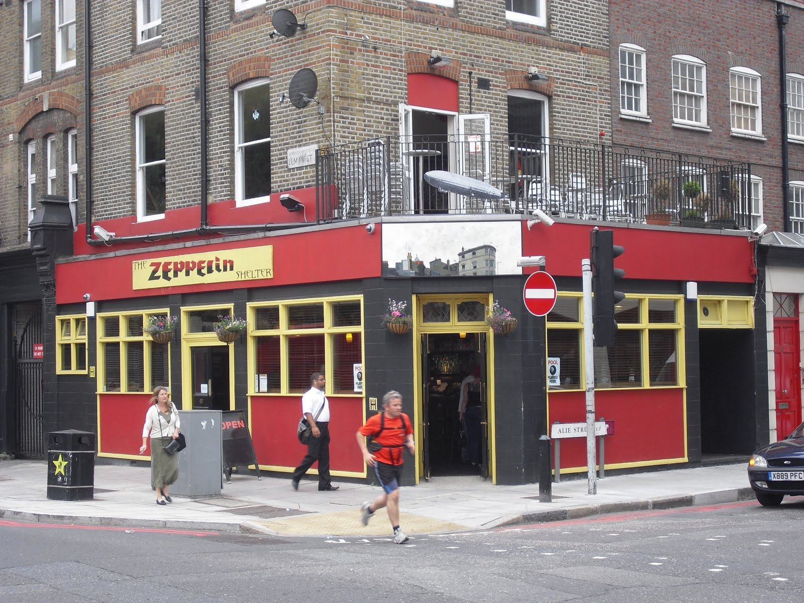Is Now Frazer House Including Whites Gentlemans Club Offering Adult Entertainment 6 The Black Horses Address In 1810 Was 20 Leman Street